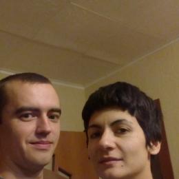 Молодая пара ищет девушку в Петрозаводске